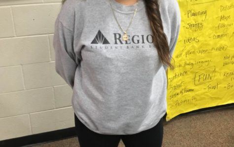 What High Schoolers are Wearing at RHHS: Senior Eimy Escobar