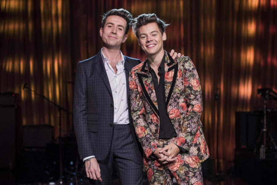 Harry+Styles+floral+Gucci+suit