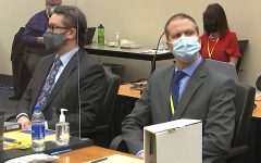 Derek Chauvin and his lawyer await the verdiict on April, 20. (Image from Court TV via AP)